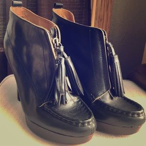 COACH CARY LEATHER ANKLE BOOTIES BOOTS HEEL